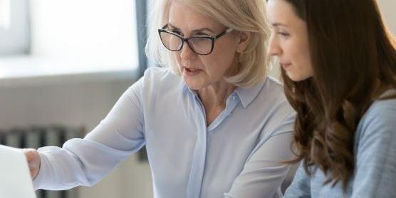 como el mentoring inverso puede ayudar a crear mejores lideres news
